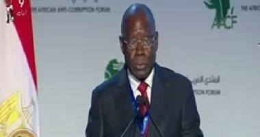إيمانويل أوندونجو: الفساد الطريق الأقصر للحصول على الثروة فى القارة الأفريقية