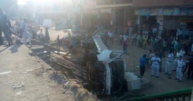 إصابة 6 فى حادث انقلاب سيارة بالطريق الإقليمى بالفيوم