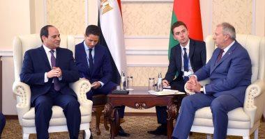 السيسى يلتقى رئيس وزراء بيلاروسيا ويرحب باستثمارات بلاده فى مصر