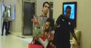 شاهد.. هدية ليفربول لمحمد صلاح قبل المشاركة فى أمم أفريقيا