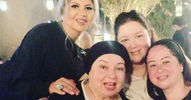 فيديو و صور.. تفاصيل احتفال بوسى شلبى وبنات نور الشريف بعيد ميلاد نورا وسر غياب شقيقتها