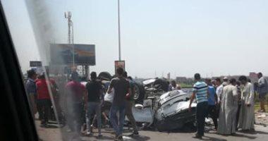 توقف حركة طريق إسكندرية الصحراوى بعد إصابة شخصين فى تصادم سيارتين
