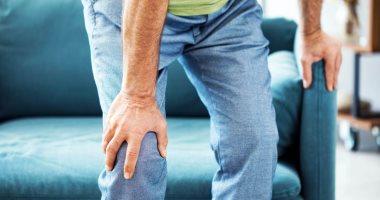 أسباب ألم الركبة فى الليل ونصائح علاجية أهمها خفض الوزن