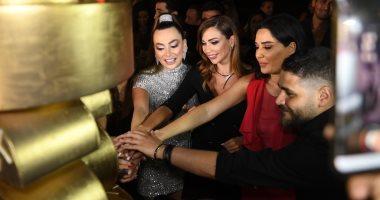 """ستيفانى صليبا.. فنانون يحتفلون بعيد ميلاد الممثلة اللبنانية """"صور وفيديو"""""""
