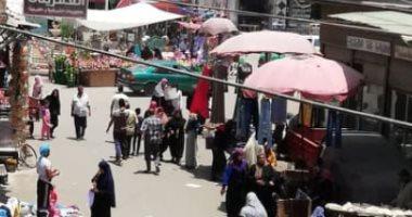 شكوى من انتشار الباعة الجائلين فى شارع الجلاء بمركز منوف