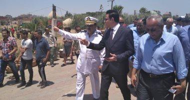 """صور.. نائب محافظ القاهرة يتفقد """"عين الصيرة"""" تمهيداً لإخلائها"""