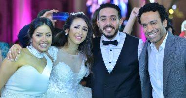 صور.. سهر الصايغ تحتفل بحفل زفاف شقيقها بحضور نجوم الفن