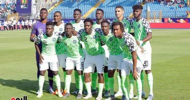 نيجيريا ضد غينيا.. التعادل السلبي سيد الموقف بعد 30 دقيقة