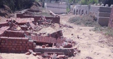 محافظ دمياط: إزالة 22 مقبرة تعدى على أرض أملاك دولة بالركابية