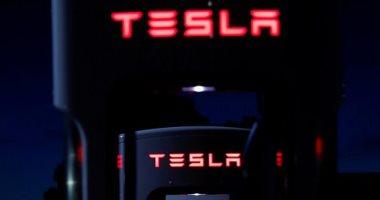 """نتيجة سوء جودة سيارتها.. شركة عالمية لتأجير السيارت تلغى شراء طلبية """"تيسلا"""""""