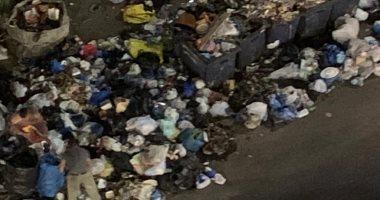 شكوى من تراكم القمامة بمنقطة المساكن فى قرية الصوه بالشرقية