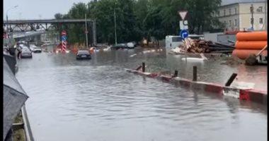 فيديو.. فيضانات منطقة إيركوتسك الروسية تقتل 5 أشخاص وتؤدى لإنهيار 15 جسرا