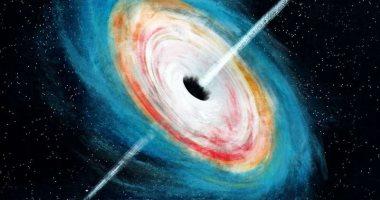 باحثون يفكون شفرة تكون الثقوب السوداء الهائلة منذ بداية الكون