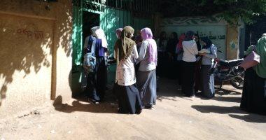 """""""التعليم"""" تقرر حرمان 158 طالبًا من الامتحان لمدة عام بسبب الغش بلجنة بيلا"""