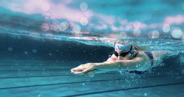 دايت ورياضة.. 3 نصائح لخسارة الوزن بالسباحة