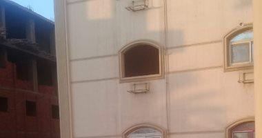 صور.. اضبط مخالفة.. انقطاع الكهرباء عن 320 وحدة سكنية بحى الزهور ببنى سويف -