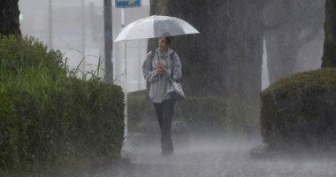 مصرع سيدة تونسية صعقا بالكهرباء بعد هطول أمطار غزيرة تحولت لسيول