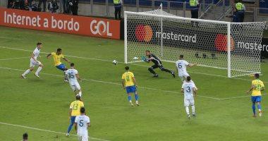 البرازيل تصعق الأرجنتين 2-0 وتتأهل لنهائى كوبا أمريكا