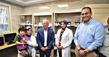 """محافظ بورسعيد وقيادات """"الصحة"""" يتفقدون الوحدات الصحية بمنظومة التأمين الصحى الجديدة"""