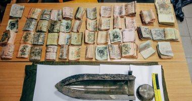 القبض على تاجر عملة بحوزته 10 آلاف دولار بكمين الأميرية