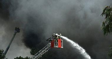 السيطرة على حريق مخازن 5 طوابق فى قرية فرسيس بالغربية