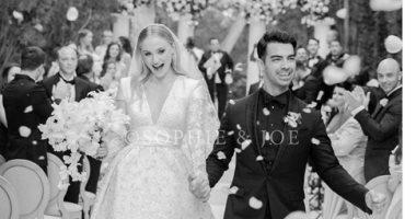 """شاهد إطلالة """"صوفى تيرنر"""" فى حفل زفافها بفستان من ماركة شهيرة"""