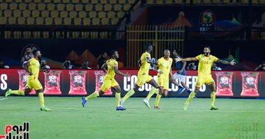 صورة تعليق مباراة سيراليون وبنين بتصفيات أمم أفريقيا بسبب تضارب نتائج كورونا