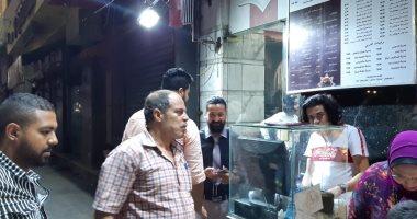 صور.. حملة مسائية مكبرة لإزالة إشغالات الطريق وسط الإسكندرية