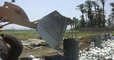 صور.. محافظة سوهاج: إزالات فورية لـ 25 حالة تعدى خلال أسبوع