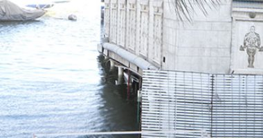 فيديو.. تسرب مياه داخل باخرة جولدز جيم بالدقى والحماية المدنية تنتقل للمعاينة