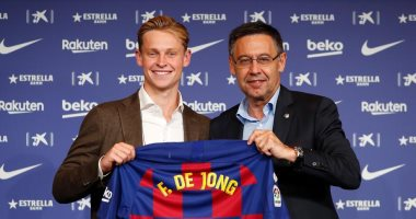 دى يونج: أرفض مقارنتى بكرويف وحققت حلم الطفولة بالانضمام إلى برشلونة