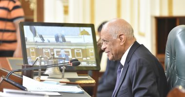 البرلمان يوافق على رفع الحصانة عن النائب صلاح عيسى لاستغلال نفوذه ..صور