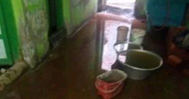 شكوى من غرق قرية العطف فى مياه الصرف الصحى