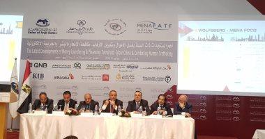 وسام فتوح: الدولار يمثل 63% من التجارة الدولية والبنوك العربية ملتزمة بالقوانين