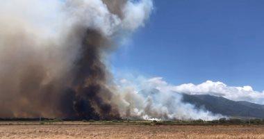حاكم هاواى يعلن حالة الطوارئ فى جزيرة ماوى بسبب حرائق الغابات