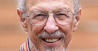 """وفاة """"فرناندو كورباتو"""" مخترع باسوورد الكمبيوتر عن عمر ناهز الـ93 عام"""
