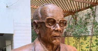 قصة التمثال رقم 68 للنحات أسامة السروى فى متحف نجيب محفوظ