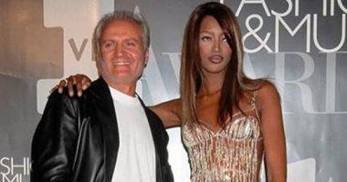 فيديو وصور.. هكذا أحيت ناعومى كامبل ذكرى وفاة مصمم الأزياء جيانى فيرساتشى