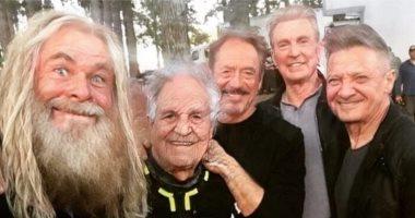"""الأبطال الخارقين فى سن الشيخوخة.. جيرمى رينر يفضح الـ """"Avengers"""""""