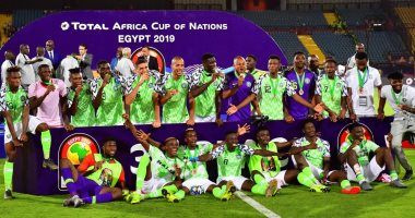 مراسم تتويج منتخب نيجيريا بالميدالية البرونزية فى أمم أفريقيا.. فيديو