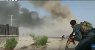 شاهد.. اللحظات الأولى بعد هجوم انتحاري على مركز للشرطة الأفغانية