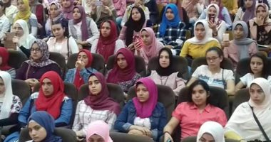 """تعليم الشرقية تعقد لقاءات تعريفية بنظام """"التابلت"""" لطلاب أول ثانوى"""