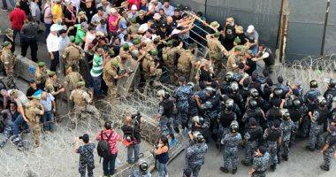 صور.. مشادات بين المحاربين القدامى فى لبنان والأمن احتجاجا على الميزانية