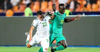 الجزائر ضد السنغال.. رايس مبولحي حارس الخضر رجل المباراة