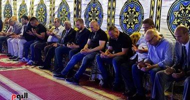 فيديو وصور.. نجوم الرياضة يقدمون واجب العزاء للتوأم حسام وإبراهيم حسن