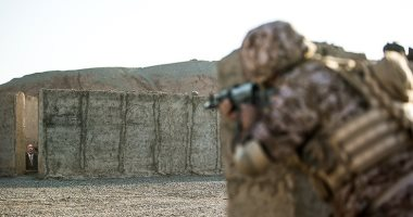 مقتل عنصر بالحرس الثورى الإيرانى فى اشتباكات مع مسلحين غرب إيران