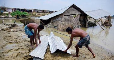 الفيضانات تحاصر المواطنين فى الهند وبنجلاديش
