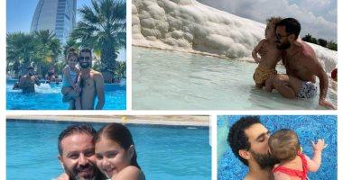 قصة صور .. لحظات مرح نجوم الكرة فى حمام السباحة مع أبناؤهم