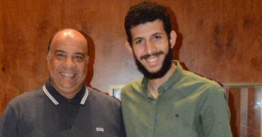 محمد إبراهيم يونس يوقع على تجديد تعاقده مع  سلة زعيـم الثغر