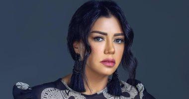 """شاهد.. رانيا يوسف تظهر بالحجاب فى فيلم """"صندوق الدنيا"""""""